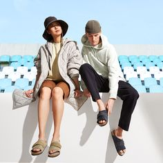 Discover new sandals and shoes for the season. All Fashion, Fashion Trends, Summer Collection, Birkenstock, Spring Summer, Hipster, Sandals, Shopping, Shoes