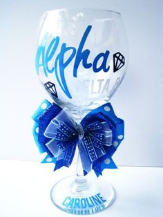 ADPi Wine Glass any sorority! Alpha Phi Omega, Alpha Sigma Alpha, Sorority Sisters, Sorority Life, Greek Crafts, Diamonds In The Sky, Crafty Craft, Crafting, Sorority Crafts