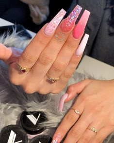 What you need to know about acrylic nails - My Nails Summer Acrylic Nails, Best Acrylic Nails, Aycrlic Nails, Hair And Nails, Coffin Nails, Fire Nails, Birthday Nails, Cake Birthday, Birthday Gifts