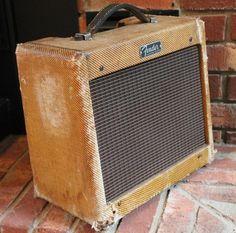 Fender Champ 1962 Tweed #6stringsboutique #amplifier