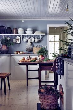 Christmas Decor Inspiration From A Scandinavian Country Home - The Nordroom Decor, Kitchen Inspirations, Dark Wooden Furniture, Stylish Apartment, Home N Decor, Home, Christmas Decor Inspiration, Decor Inspiration, Scandinavian Loft