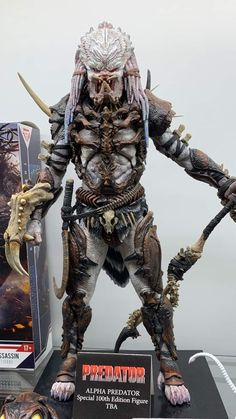 Be still my beating heart! Predator Figure, Predator Action Figures, Predator Hunting, Alien Vs Predator, Predator Costume, Fantasy Pictures, Comic Games, Space Marine, Fantasy Creatures