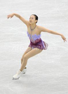 浅田が首位発進!「良い感じで跳ぶことができた」 GPファイナル 国際ニュース:AFPBB News