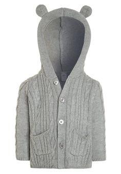 ¡Consigue este tipo de chaqueta de punto de Oshkosh ahora! Haz clic para ver los detalles. Envíos gratis a toda España. OshKosh BABY Chaqueta de punto heather: OshKosh BABY Chaqueta de punto heather Ropa   | Material exterior: 100% algodón | Ropa ¡Haz tu pedido   y disfruta de gastos de enví-o gratuitos! (chaqueta de punto, lana, wool-blend, tweed, knitted, cotton, knit, knits, stitch, cashmere, knitwear, strickjacke, chamarra tejida, veste au tricot, giacca lavorata a maglia)
