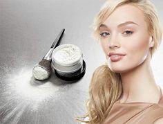 Translucent Powder  Controla a oleosidade, disfarça as linhas de expressão e faz com que a maquiagem fixe por mais tempo.