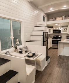 Tiny house kitchen design and storege ideas (41)
