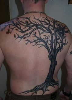 What does dead tree tattoo mean? We have dead tree tattoo ideas, designs, symbolism and we explain the meaning behind the tattoo. Dead Tree Tattoo, Tree Tattoo Back, Tree Tattoo Men, Tree Tattoo Designs, Tattoo Son, Make Tattoo, Tattoo Life, Roots Tattoo, Tree Tattoo Meaning