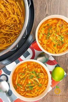 Veggie Recipes, Mexican Food Recipes, Soup Recipes, Cooking Recipes, Chili Recipes, Yummy Recipes, Yummy Food, Instant Pot Pressure Cooker, Pressure Cooker Recipes