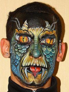 amazing snake face paint art 26 Most Amazing Face Paints