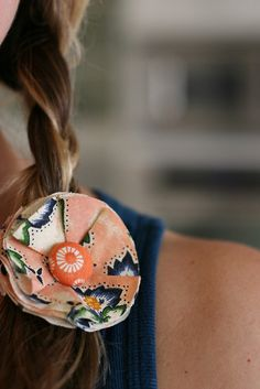 DIY Fabric Flower Hair Clip ~ via Sandrine Marsh