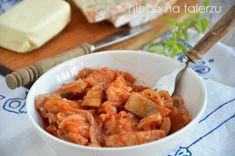 Śledzie po kaszubsku, z cebulką, w pomidorach słodko- kwaśny, delikatny w smaku, dobrze doprawione w sam raz na przyjęcia i świąteczny stół.