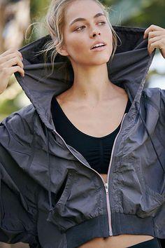 35ea3b501129f Slide View 1  On The Rise Jacket  WorkoutClothingNike Windbreaker Outfit