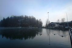 Der erste Wintermorgen am See, Blick auf das Haupthaus - Riessersee Hotel Resort, Garmisch-Partenkirchen, Bayern, Bavaria - http://www.riessersee.com/