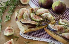 Bruschette ai fichi, pancetta e rosmarino
