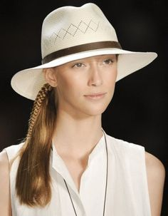 Lacoste perfect summer hat