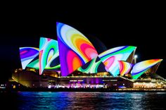 Vivid Sydney 2011, I want to experience this!