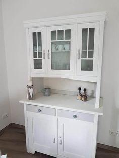 wundervolles alte vertiko mit annie sloan chalk paint gestrichen und gewachst wohnklunker in. Black Bedroom Furniture Sets. Home Design Ideas