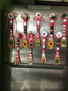 Darling Make Alphabet Friendship Bracelets Ideas. Wonderful Make Alphabet Friendship Bracelets Ideas. Embroidery Alphabet, Embroidery Patterns, Hand Embroidery, Japanese Ornaments, Baba Marta, Yarn Dolls, Face Sketch, Craft Activities For Kids, Christmas Crafts For Kids