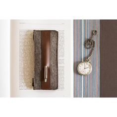 anonimaMente design Felt and Leather Grey Pencil Case ($28) ❤ liked on Polyvore featuring home, home decor, office accessories, brown, leather pencil case, leather pen case, compact pen, leather pen pouch and felt pen