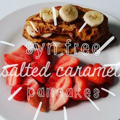 recipe for slimming world sym free salted caramel pancakes picture of pancakes with header text over image astuce recette minceur girl world world recipes world snacks Slimming World Pancakes, Slimming World Puddings, Slimming World Cake, Slimming World Desserts, Slimming World Breakfast, Slimming World Recipes Syn Free, Syn Free Pancakes, Slimmimg World, Get Thin