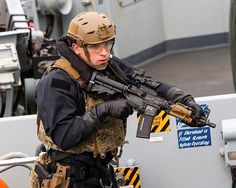 A Royal Marine from 42 Commando carrying out a boarding demonstration onboard HMS Montrose. All of the Royal Navys next-generation Type 26 frigates will be homed in Devonport the Defence Secretary Gavin Williamson announced at the Naval Base today. The eight Type 26 warships will start being delivered to the Royal Navy from the mid-2020s heralding yet another new era in the role of a base which has played a central role in the Defence of the UK for hundreds of years from the Napoleonic wars… British Royal Marines, British Armed Forces, Military News, Military Life, Special Forces Gear, Royal Navy, Tactical Gear, Special Ops, Napoleonic Wars