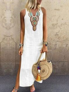 Latest fashion trends in women's Dresses. Shop online for fashionable ladies' Dresses at Floryday - your favourite high street store. Vestidos Vintage, Robes Vintage, Vintage Dresses, Casual Dresses, Fashion Dresses, Summer Dresses, Maxi Dresses, Vacation Dresses, Women's Fashion