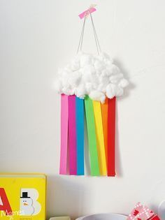 Un nuage arc-en-ciel avec une assiette en carton Cute and magical: a rainbow cloud with a cardboard plate and cotton! The post A rainbow cloud with a cardboard plate appeared first on Best Pins. Easy Crafts, Diy And Crafts, Arts And Crafts, Paper Crafts, Spring Activities, Activities For Kids, Diy For Kids, Crafts For Kids, Rainbow Cloud