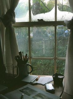 a writing space for rainy days Ventana Windows, Window View, Window Desk, Photo Window, Through The Window, Rainy Days, Cozy Rainy Day, Rainy Night, Rainy Morning