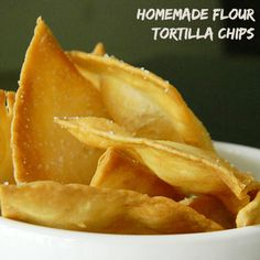 I love eating chips & salsa. If we're having any type of Mexican themed meal, chips & salsa will always be served right along with it. And I love making homemade flour tortilla chips to have with my salsa instead of … Flour Tortilla Chips, Recipes With Flour Tortillas, Homemade Flour Tortillas, Homemade Tortilla Chips, Homemade Chips, Fried Tortillas, Tortilla Bread, Healthy Tortilla, Brownie Cupcakes