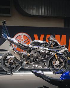 Yamaha Motorcycles, Yamaha Yzf R1, Moto Bike, Motorcycle Bike, Sport Logos, Ducati Superbike, Super Bikes, Road Bikes, Bike Life