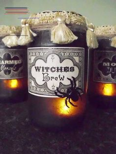 Vintage Potion and Spell Jars for Halloween! Excellent tutorial on how to make your own Halloween apothecary jars in an elegant vintage style. Retro Halloween, Halloween Boo, Holidays Halloween, Halloween Crafts, Holiday Crafts, Happy Halloween, Halloween Decorations, Halloween Ideas, Scream Halloween