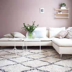 THE SöDERHAMN SOFA - - We are in the midst of changing up things at home. In 2017 this family of 3 will become a family of joyful, but it has put some urgency on redoing the layout of our flat. We need an extra bedroo… New Living Room, Living Room Interior, Home And Living, Living Room Decor, Söderhamn Sofa, Ikea Sofa, Ikea Soderhamn, Ikea Inspiration, Apartment Makeover
