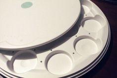 Muffins oder Kuchen? Der Trick mit dem doppelten Boden ist toll, man kann Ihn mit wenigen Handgriffen umbauen.  Generell kann man alles schnell und einfach umbauen, reinigen und befüllen. Gut gelöst. - http://emsa.springup.io/?view=social&type=reply&id=19138 http://wp.me/p2K3Wi-10L