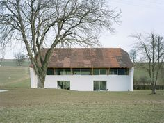 LVPH - Transformation of a historic barn into two residential units, Avry 2009. Photos © Joël Tettamanti.