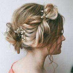 Ulyana Aster Romantic Long Bridal Wedding Hairstyles_24 ❤ See more: http://www.deerpearlflowers.com/romantic-bridal-wedding-hairstyles/