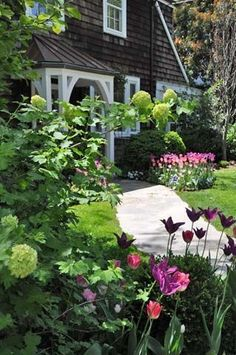 50+ Beautiful Fall Garden (Front Yard Landscaping Ideas) 2018 Garden ideas Vegetable garden Front yard garden Gardening around trees Landscaping around trees Wilderness adventures 3 Dream home Container gardening Garden ideas Container gardens Christmas 2017 Christmas decor #Gardens #Landscaping #Yards #LandscapingIdeas #Landscape #With Rocks #DIY #Entryway #For Full Sun #California #No Grass #Texas #Design #Rustic #texasgardening