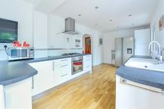 The Avenue, Taunton - 5 bedroom detached house - Fox & Sons