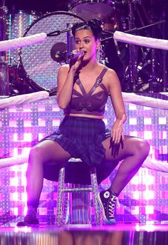 Katy Perry Photos - Entertainer Katy Perry performs onstage during the iHeartRadio Music Festival at the MGM Grand Garden Arena on September 2013 in Las Vegas, Nevada. American Idol, Katy Perry Hot, Katy Perry Legs, Katy Perry Gallery, Katy Perry Pictures, Pinup Girl Clothing, Female Singers, Justin Bieber, Photo S