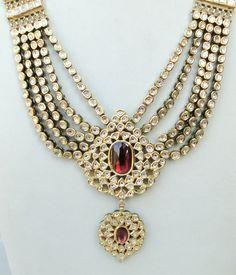 GOLD DIAMOND POLKI KUNDAN ENAMEL WORK NECKLACE RAJASTHAN IND Indian Jewelry Sets, Fancy Jewellery, Antique Jewelry, Gold Jewelry, Beautiful Necklaces, Wedding Jewelry, Jewelry Collection, Jewelry Design, Fashion Jewelry