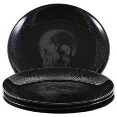 Get sultry glamour for your interior with dark and sophisticated gothic inspired home accessories. With mysterious charm & dark decadence the gothic chic look is easily attainable and it is a style that is timeless and easy to update from season to. Gothic Kitchen, Kitchen Modern, Die Renaissance, Horror Decor, Goth Home, Gothic Furniture, Decoration Inspiration, Skull Decor, Gothic Home Decor