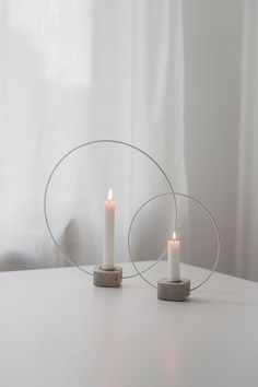 Ever since I saw Sandras glass candle holder, Ive been . - Ever since I saw Sandras glass candle holder, Ive been … - Cement Art, Concrete Crafts, Concrete Art, Concrete Projects, Concrete Design, Diy Projects, Deco Table Noel, Decoration Christmas, Glass Candle Holders