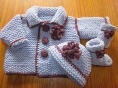 Explication pour l' ensemble veste bonnet et bottes pour bébé.