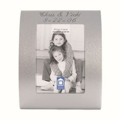 Find Engraved Curved Silver Place Card Frame at Wholesale Favors, along with other wedding favors and personalized gifts. Unique Party Favors, Inexpensive Wedding Favors, Customized Gifts, Personalized Gifts, Anniversary Favors, Wedding Frames, Wedding Ideas, Bridal Shower Favors, Picture Frames