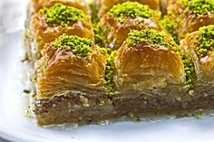 Baklava, a sweet dish often served as a dessert or snack, is by far the most popular sweet item in Turkey. Discover everything about Baklava here. Just Desserts, Delicious Desserts, Turkish Baklava, Baklava Recipe, I Am Baker, Sweet Pastries, Pie Dessert, Best Dishes, Turkish Recipes