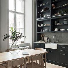 This kitchen. // innerstadsspecialisten.se / styling designtherapy.se / photo kronfoto.se