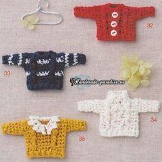 Applique, brooches, etc. Crochet Doll Clothes, Crochet Dolls, Knit Crochet, Amigurumi Doll, Amigurumi Patterns, Crochet Patterns, Book Crafts, Diy And Crafts, Felt Dolls