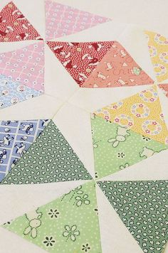 Sewing Block Quilts Vintage Block Quilt Along - Vintage Quilts Patterns, Antique Quilts, Quilt Block Patterns, Quilt Blocks, Cute Quilts, Scrappy Quilts, Easy Quilts, Kaleidoscope Quilt, Pinwheel Quilt