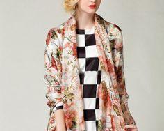 Luxusný veľký hodvábny šál s kvetinovým motívom Kimono Top, Tops, Women, Fashion, Moda, Fashion Styles, Fashion Illustrations, Woman