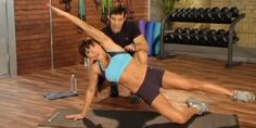Work your entire core with this effective, ab workout from Tony Horton. Trainer helps you find time to workout with even the busiest schedule. 10 Minute Trainer, 10 Minute Ab Workout, 10 Minute Abs, Abs Workout Video, Ab Workout At Home, Sixpack Workout, Dumbbell Workout, Dumbbell Exercises, Core Workout Challenge