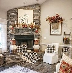Fall Decor on a budget - # budget Fall Decor on a Budget Home decor on a budget Autum Rainn Easy Diy Room Decor, Diy Home Decor Rustic, Fall Home Decor, Autumn Home, Cheap Home Decor, Farmhouse Decor, Fall Apartment Decor, Modern Farmhouse, Fall Entryway Decor